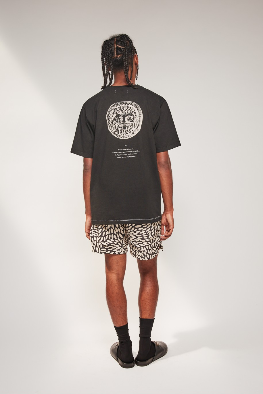 regulart-t-shirt-black