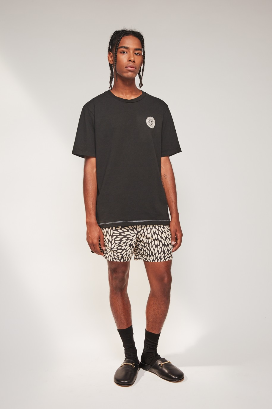 regulart-t-shirt-black.jpg899787